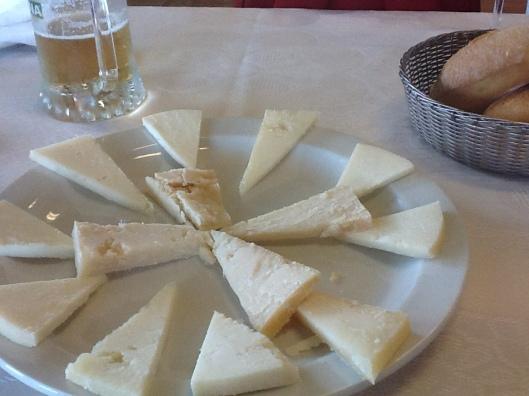 Ración de quesos canarios en La Playita.